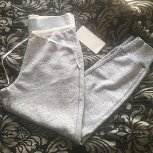NWT! Lululemon Cool and Collected jogger, size 10